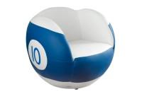 Sessel No. 10, kugelförmig, blau-weiß